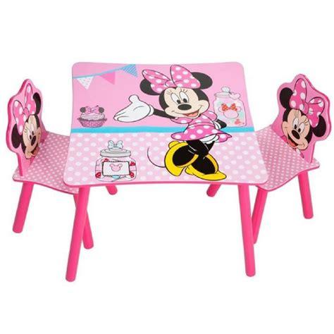 chaise minnie ensemble table et 2 chaises pour enfant motif disney
