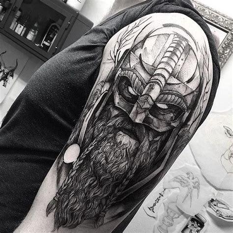 tato viking  menakjubkan  pria  wanita