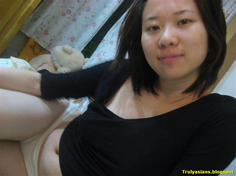 Sweet Looking Chinese Girl Friend Posing Nude (20 pics ...