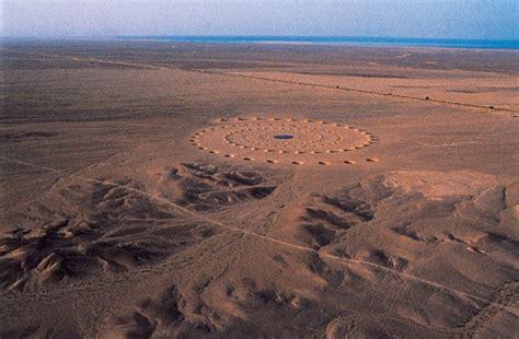 L'opera nel deserto egiziano che si vede dallo Spazio ...