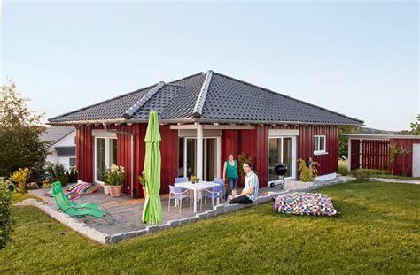 schwörer haus bungalow skandinavischer bungalow schw 246 rer haus http www hausbaudirekt de haus skandinavischer