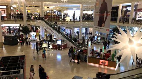 foto de Watch a hyperlapse from inside the Staten Island Mall on