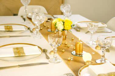 decoration table de noel et blanc box decoration de table de noel en or et blanc