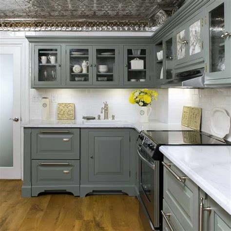 floors for kitchen 14 best images about grey kitchen cabinets on 5826