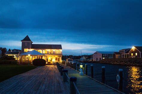 cape  luxury oceanside wedding reception site beach