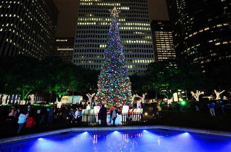 thabksgiving tree lighting housron houston sets city events downtown houston chronicle