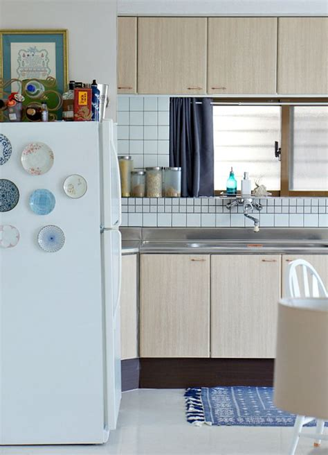 contact paper on kitchen cabinets dining space rental decorating ideas up to date interiors 8304