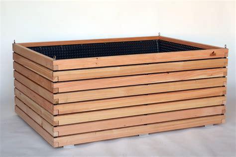 Hochbeet Bausatz Holz by Gro 223 Es Hochbeet Aus Holz Der L 228 Rche F 252 R Terrasse Und Einfahrt