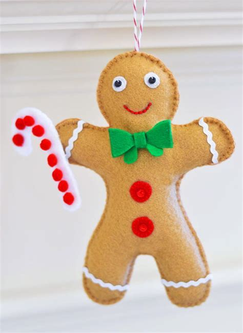 Gingerbread Man Ornament Pattern   FaveQuilts.com