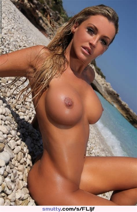 Hot Sexy Blonde Bigtits Boobs Fit Slut Topless Slut