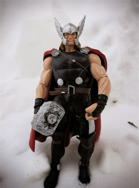 Combo's Action Figure Review: Thor - Marvel Now (Marvel ...