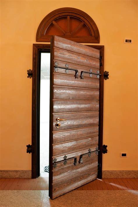 portone d ingresso in legno portone dingresso in legno