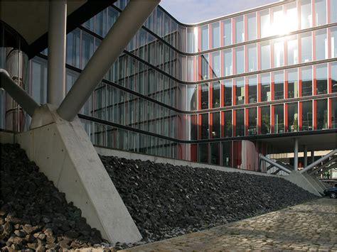 Buerohaus In Hamburg by Am Wasser Fotos Architektur Startbilder De