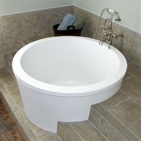 Big Soaker Tub by Japanese Soaking Tub Ofuro Soaking Tubs The Vibe