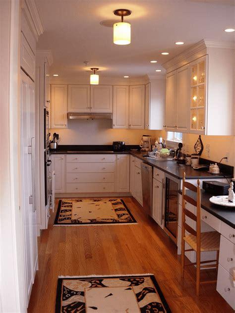small kitchen lighting ideas    adopt small