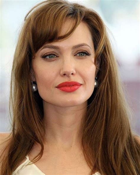 Angelina Jolie Bio, Career, Education, Lifestyle, Height ...