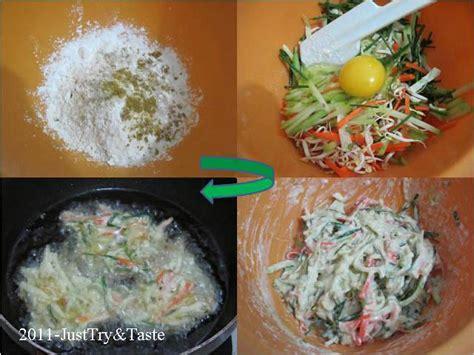 Hallo sahabat dapur madam.aku mau berbagi resep cara membuat bakwan sayur yang renyah tanpa tepung beras dan. Resep Bakwan Sayur dengan Saus Asam Pedas Manis | Just Try & Taste