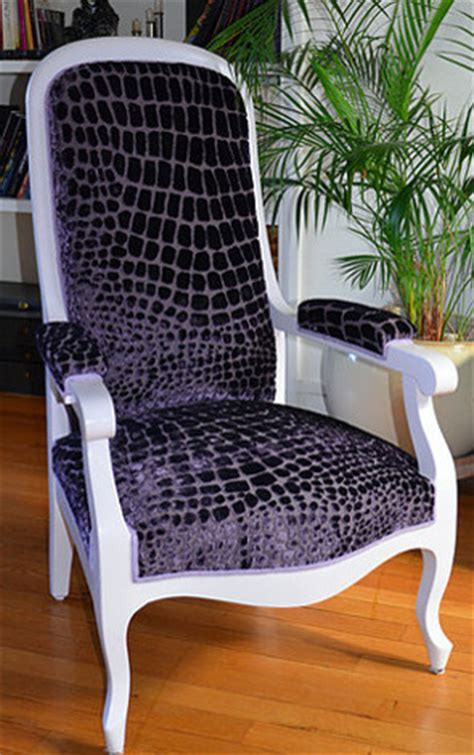 tissu pour fauteuil voltaire les tissus d ameublement pour tapisser voltaire vendus par la rime des matires