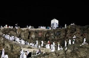 Millions of Muslims climb Mount Arafat for peak of hajj ...