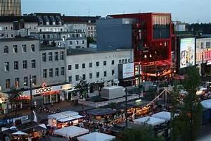 Park Point Hamburg : blick auf die reeperbahn picture of pyjama park hotel und hostel hamburg tripadvisor ~ Markanthonyermac.com Haus und Dekorationen