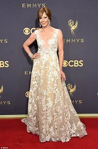 Emmys: Allison Janney prompts engagement rumors with ring ...
