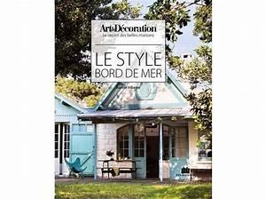 Style Bord De Mer Chic : livre art d coration 39 le style bord de mer 39 elle d coration ~ Dallasstarsshop.com Idées de Décoration