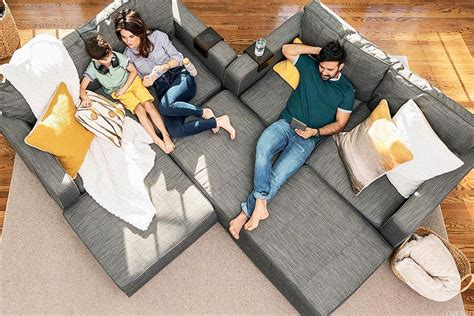 Lovesac Pictures by Lovesac Ceo Markets Are Kinder To High Growth