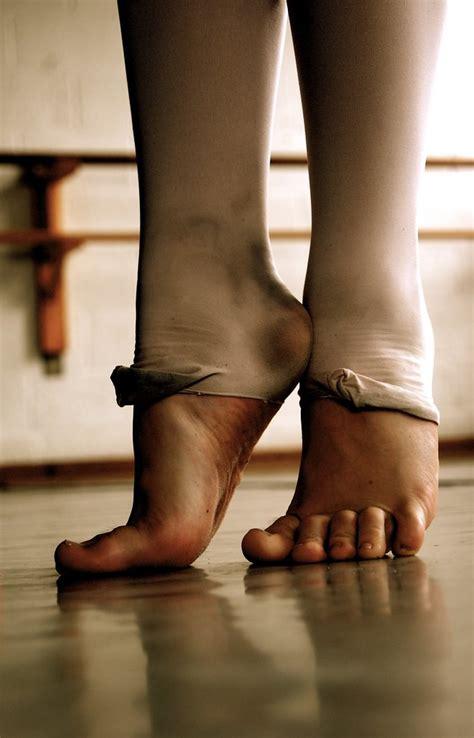 ballet feet  digital picture     dance