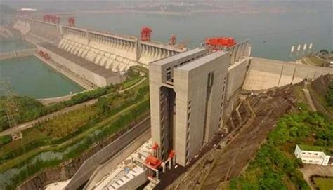 Biggest Boat Lift In The World by World S Biggest Ship Lift Opens In China Gcaptain
