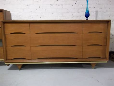 Kent Coffey Elegante Dresser by 1000 Images About Furniture Kent Coffey On