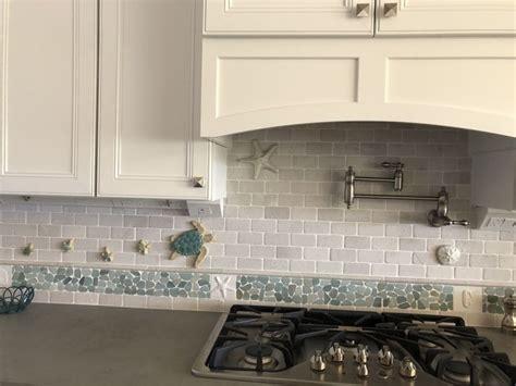 border tiles for kitchen 124 best backsplash ideas pebble and tile images on 4863