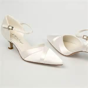 chaussure mariage chaussure mariage ivoire en satin à bout pointu talon 5 cm westerleigh
