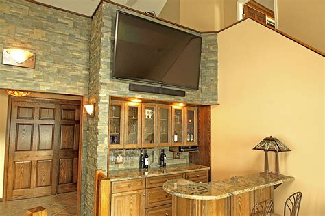 Built-in Storage And Cabinet Design Ideas