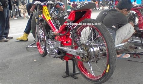 sweet Drag Race Klaten event terbaru mantab dhonowareh