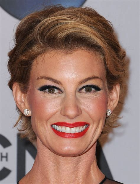 2018 2019 Short and Modern Hairstyles for Stylish Older