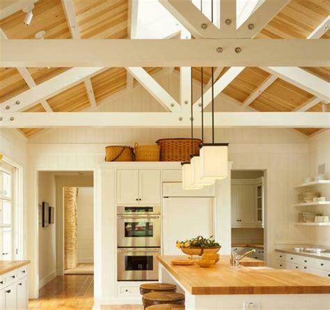 cuisines blanches et bois cuisine blanche et bois le mariage parfait pour une