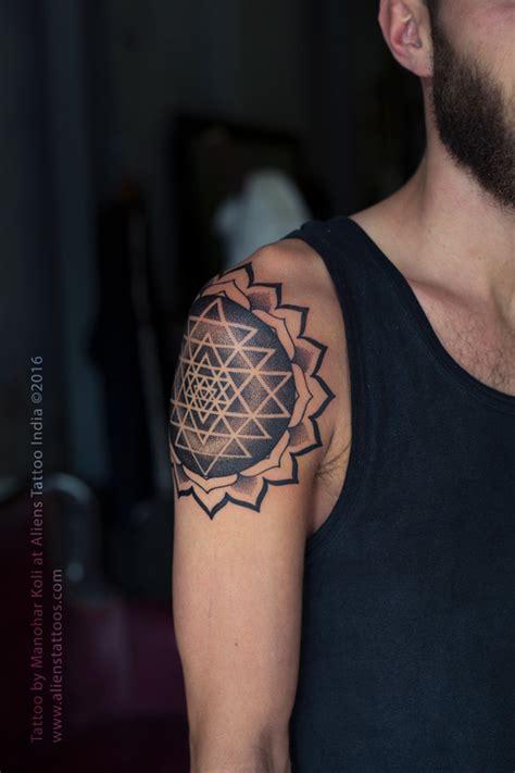 sri yantra mandala tattoo  manohar koli aliens tattoo