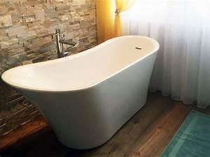 Freistehende Acryl Badewanne : freistehende badewanne saragossa aus acryl wei gl nzend modern ~ Sanjose-hotels-ca.com Haus und Dekorationen