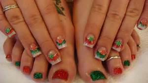 Most stylish christmas nail art ideas