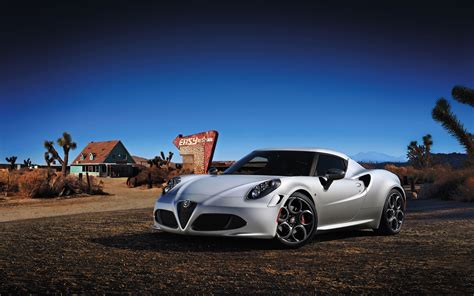 2014 Alfa Romeo 4c Launch Edition Wallpaper