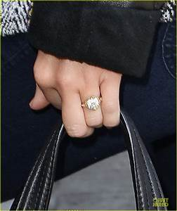 full sized photo of miley cyrus engagement ring lax 03 With miley cyrus wedding ring