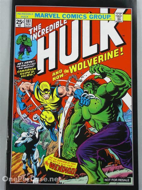 One Per Case: Marvel Universe Comic Packs - Wolverine vs. Hulk