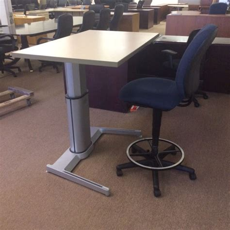 Airtouch Adjustable Height Desk by Steelcase Airtouch Desks Tri State Office Furniture