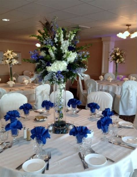 blue and white table centerpieces best 25 royal blue wedding decorations ideas on pinterest blue wedding decorations blue