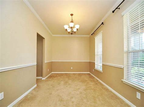 Two Tone Living Room Paint Ideas