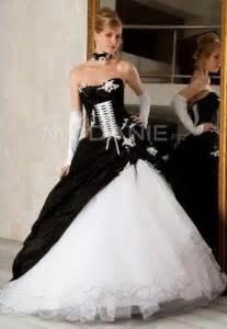 robe de mariã e corset robe de mariée noir large choix de produits à découvrir