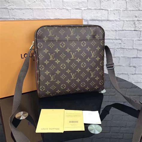 louis vuitton monogram messenger bagshoulder bags