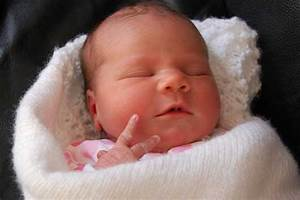 30+ Beautiful Photos of Just Born Baby - Dzinepress