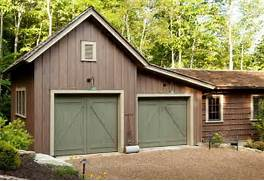 Sherwin Williams Exterior Solid Stain Colors by The Barn Inspired Garage Attaches To The Main House Via A Enclosed Passageway
