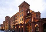 Vienna House Andel's Lodz - Polish Industrial Design ...